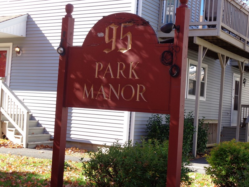 Park Manor Condos in Danbury,CT