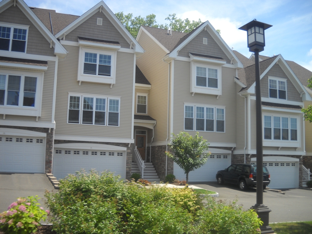 Maintenace free living in Fairfield County,CT