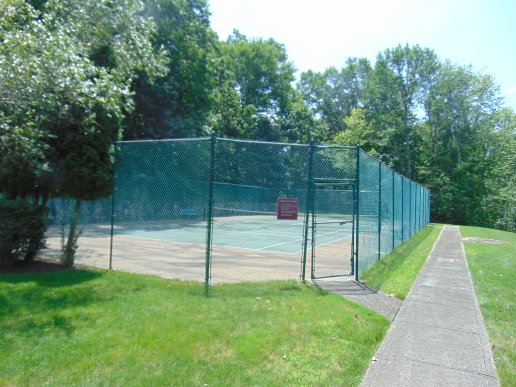 Private Tennis Courts at Sterling Woods 1